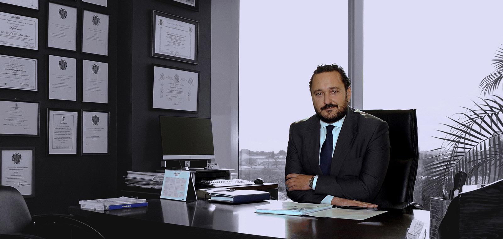 Bufete mart n aranda despacho de abogados madrid for Precio abogado clausula suelo