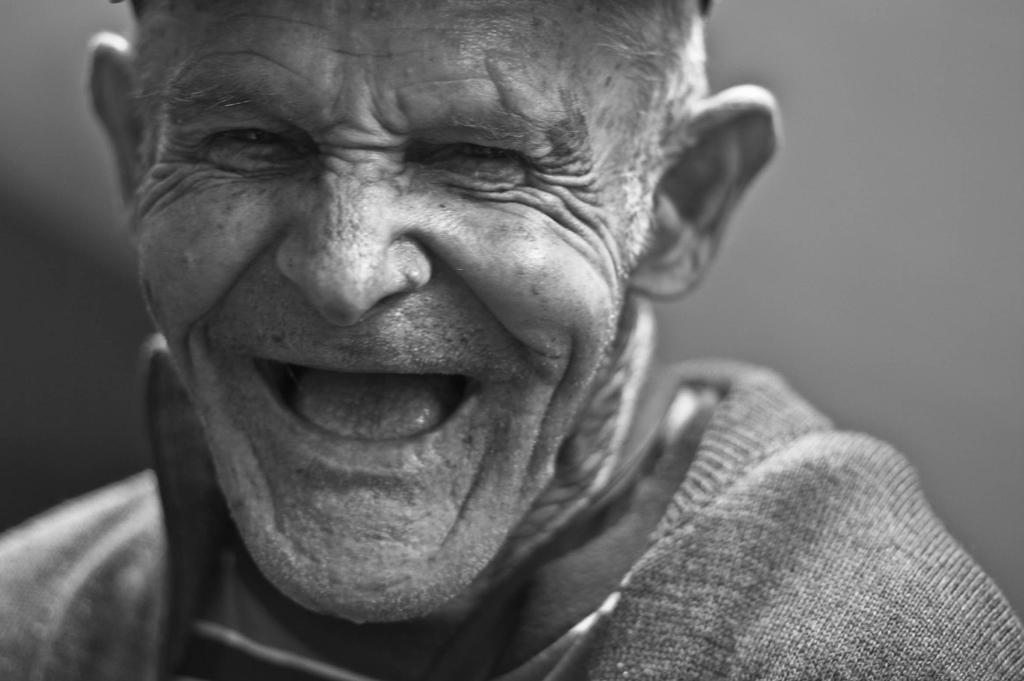 En qué casos se puede incapacitar a una persona mayor